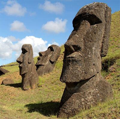 Moai szobor a Húsvét-szigeteken