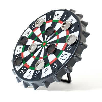 Söröskupak darts asztalon